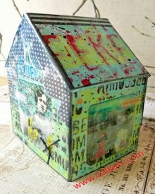 Grafix Mixed Media Clear Plastic House