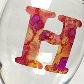 How to Make Cling Vinyl Monograms for Wine Glasses