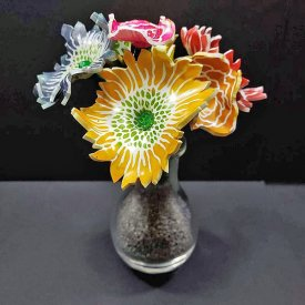 Grafix Shrinkable Flower Bouquet
